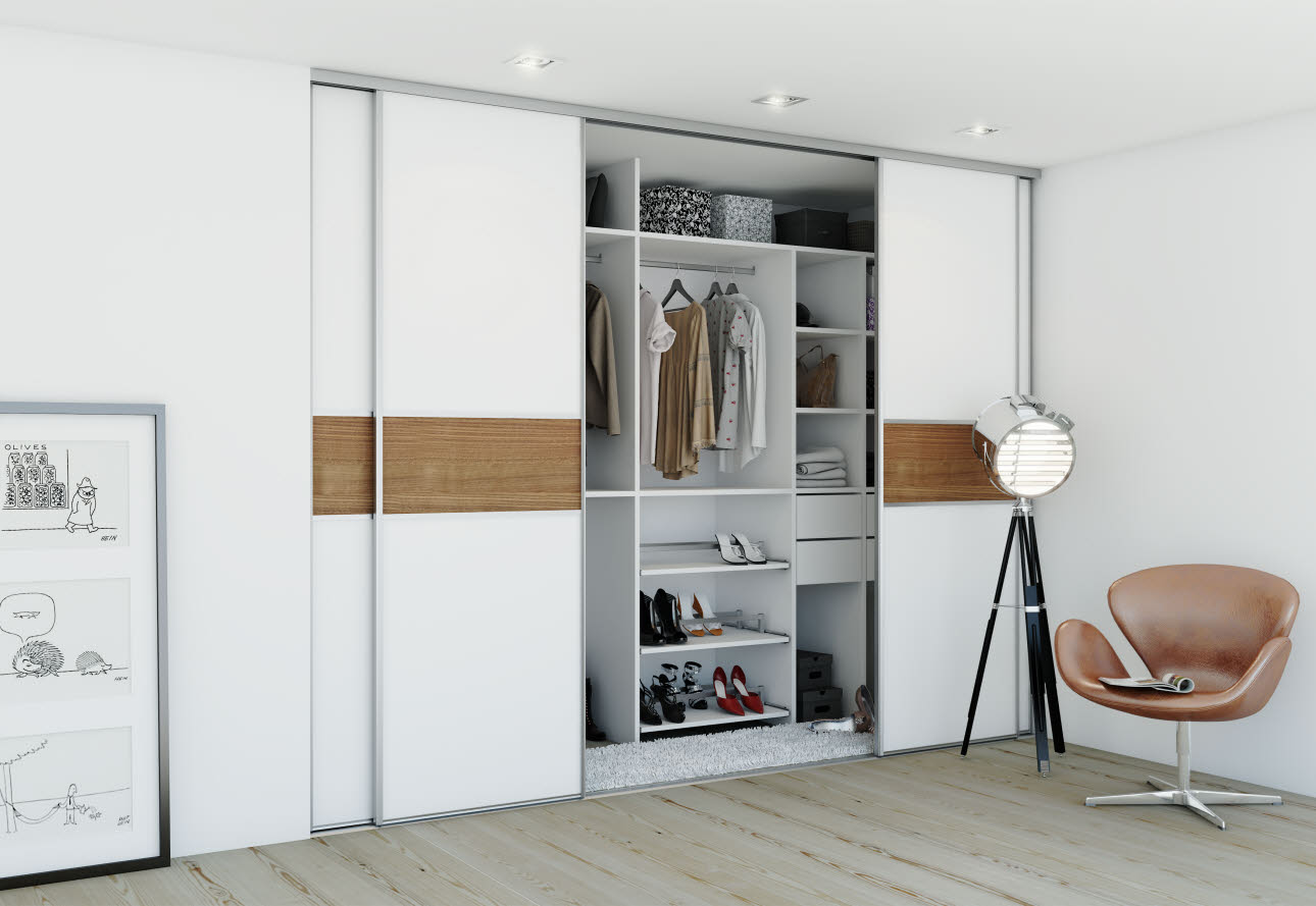 Small Walk-in-closet